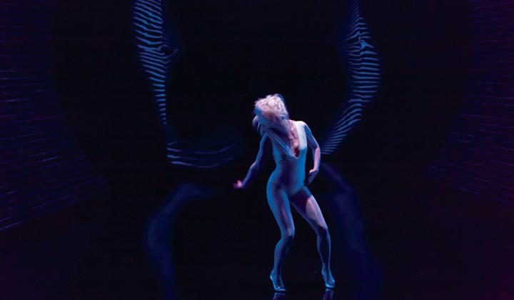 THE PYRE (directed by Gisèle Vienne) @ Festival NEXT / La Rose des Vents