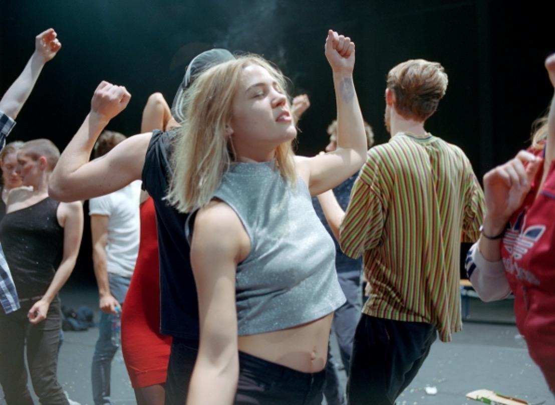 """Gisèle Vienne """"Crowd"""" PREMIERE (music : KTL) @ Le Maillon"""