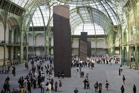 Serra in Paris