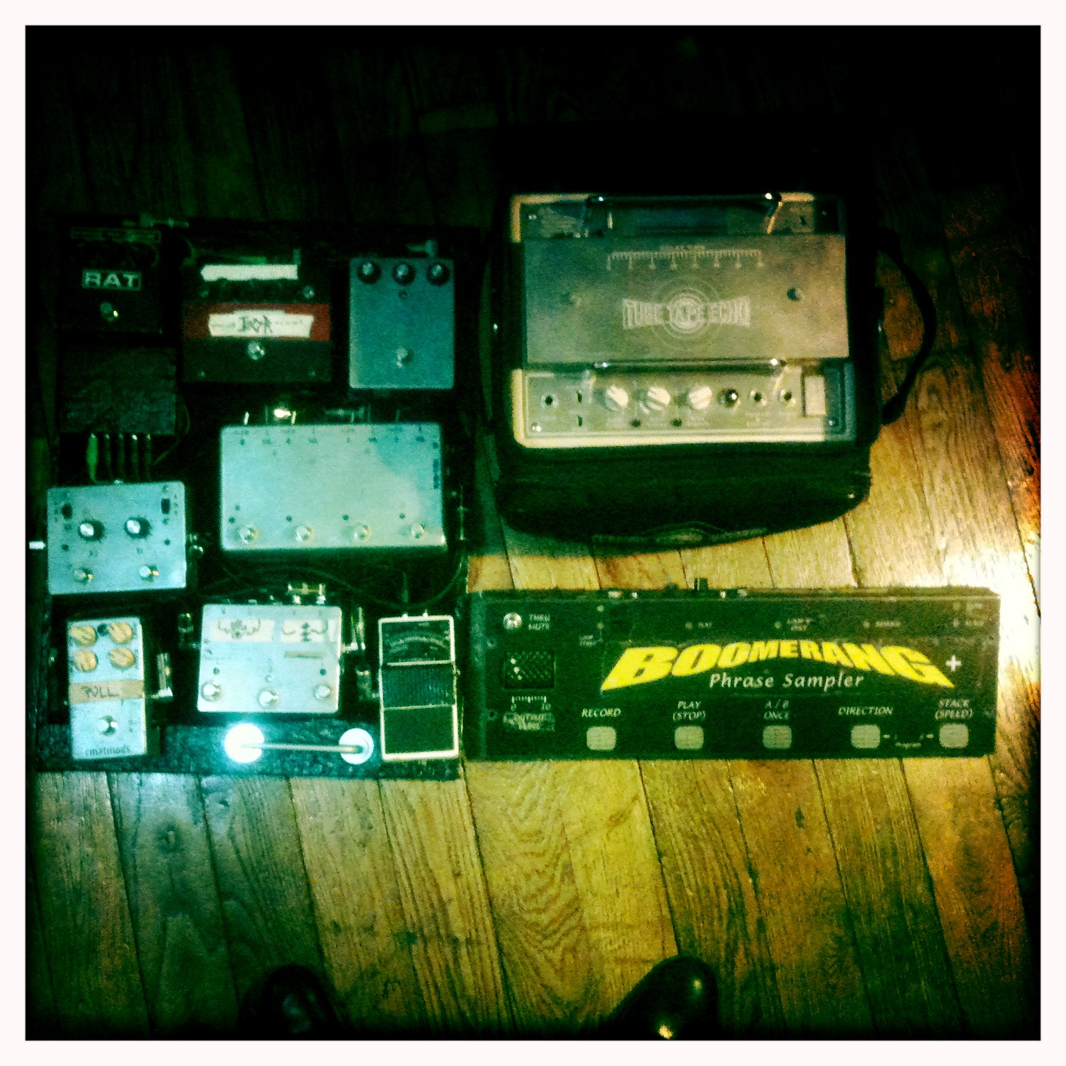 new O))) / KTL pedalboard (old pedals on that board)