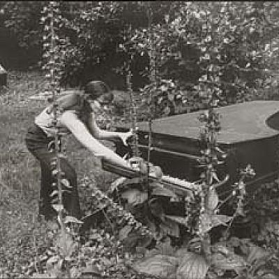 "Annea Lockwood ""Piano Transplants"""