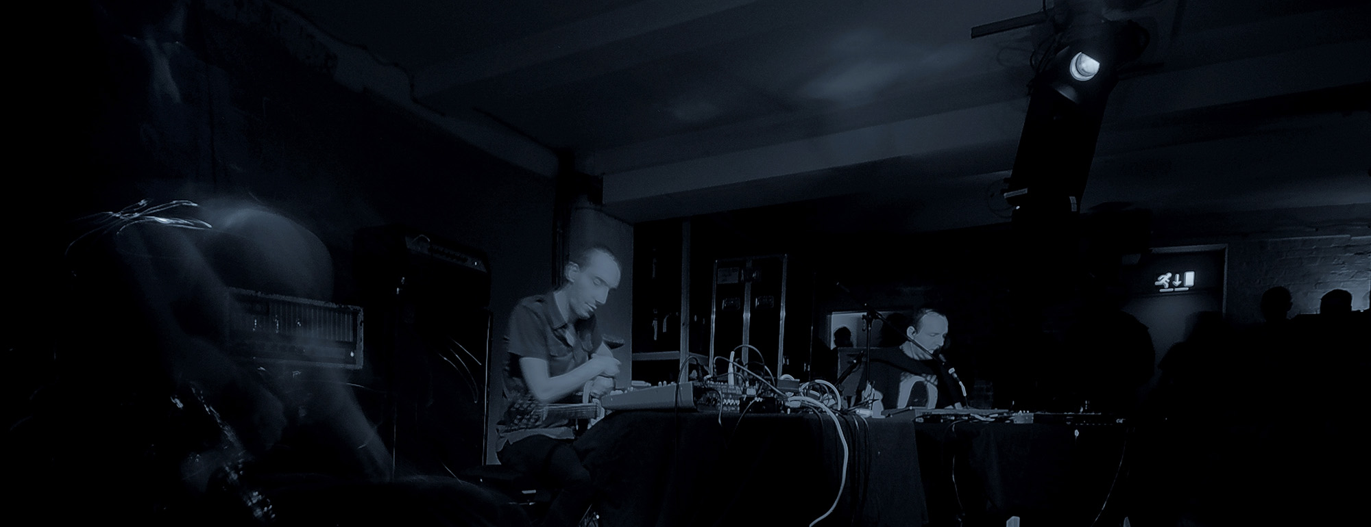 GRAVETEMPLE & RUSSELL HASWELL photos from Oto 13th April 013